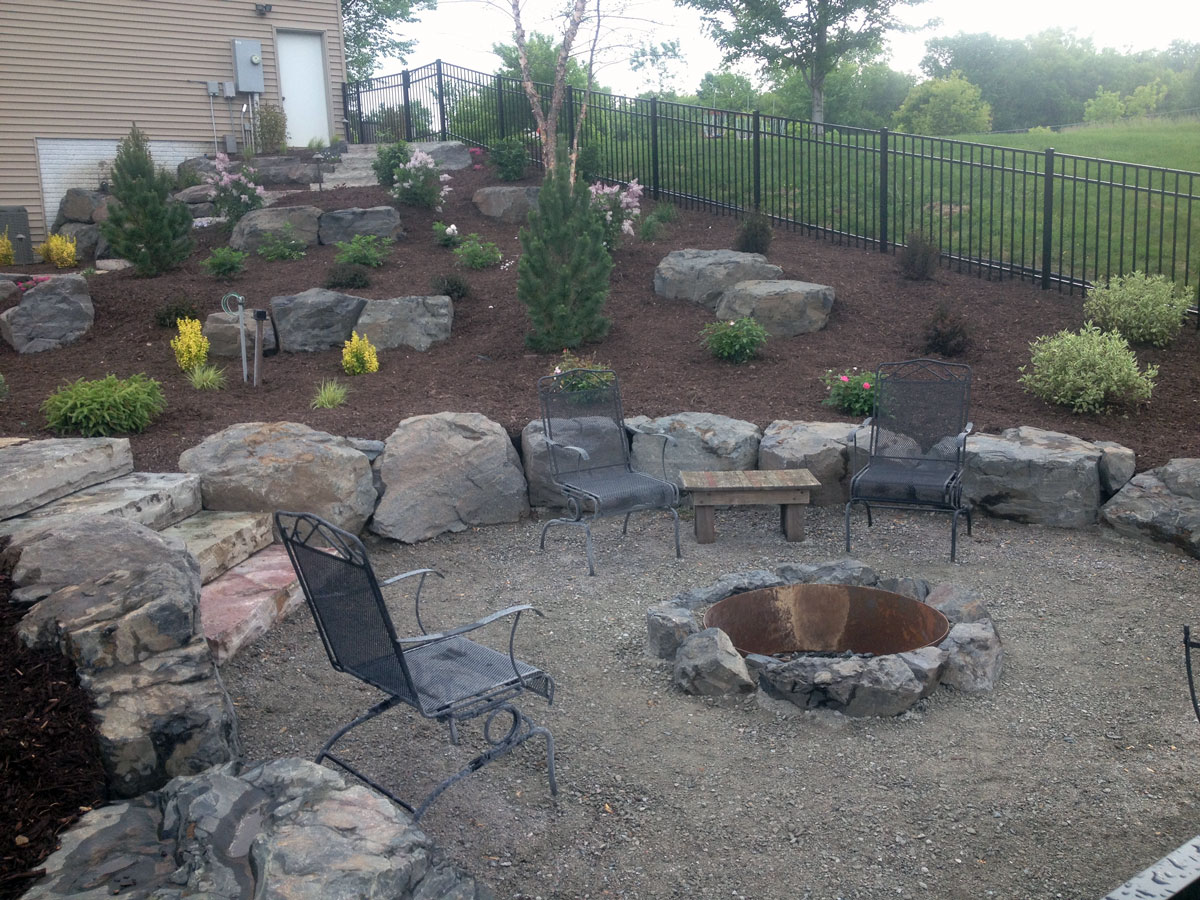Woodbury mn backyard pool project landscapes unlimited for Pool design hours