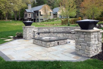 Outdoor Fireplaces, Fire Pit and Fire Table