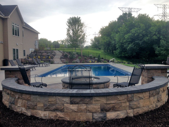 Woodbury mn backyard pool project landscapes unlimited for Pool design services